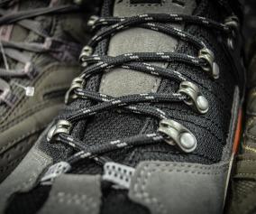shoes-428608_1280